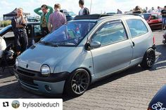 #Repost @bylsobieduch with @repostapp ・・・ #Twingo #Renault #static #jr11 #stance #camber #francecar #low #lowlife Best Small Cars, Fiat Uno, First Car, Cars And Motorcycles, Baby Car, Super Cars, Vehicles, Motors, Wallpapers