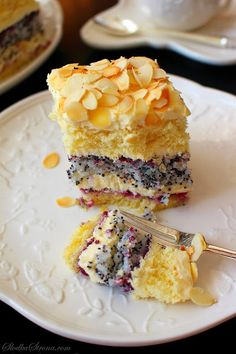 Makowo wonderful cake with coconut-cream Ajerkoniakowym - Recipe - Sweet Home No Bake Desserts, Delicious Desserts, Sweet Recipes, Cake Recipes, Photo Food, Fashion Cakes, Polish Recipes, Pastry Shop, No Bake Cake