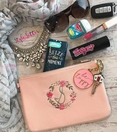 Thirty-One Rose Blush Pebble Mini Rubie Thirty One Party, Thirty One Bags, Thirty One Gifts, Apple Watch Silver, Black Girls Run, Thirty One Consultant, Independent Consultant, Iphones For Sale, 31 Gifts