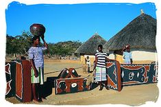 Venda ladies at the entrance of a cultural village - Black People in South Africa, Black Population in South Africa South African Tribes, African Nations, Jacob Zuma, Motocross Logo, South Africa Tours, Apartheid, Vernacular Architecture, Beaches In The World, World Photography