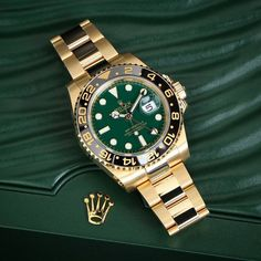 Get first copy of branded watches online on Amazing Baba. Here you can buy replica luxury watches online, Replica Watches aaa quality & First Copy Watches at less prices. Rolex Watches For Men, Luxury Watches For Men, Men's Watches, Cool Watches, Wrist Watches, Fashion Watches, Vintage Rolex, Rolex Gmt Master 2, Luxury Watches