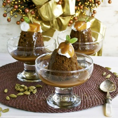 So elegantly lovely: Coffee and Cardamom Sticky Toffee Pudding for Christmas or anytime of the year when you're craving a classic British dessert. #food #pudding #Christmas