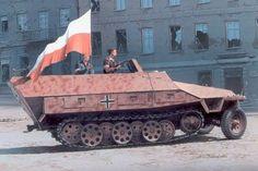 Zdobyty Sd.kfz.251 ausf D, Warszawa1944.