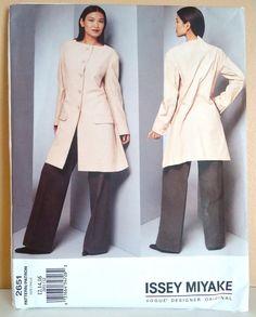 ISSEY MIYAKE Vogue 2651 Jacket & Pants Pattern SZ 12-14-16 uncut factory folded