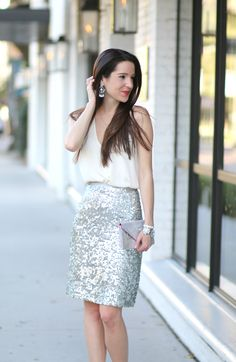 Gorgeous NYE outfit idea. Love the sequin pencil skirt!