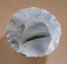 Photographie d'un nucléus de type Levallois retrouvé à Rosny sur Seine