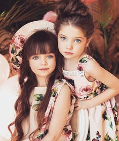 Beautiful Little Girls - Her Crochet Pretty Kids, Beautiful Little Girls, Beautiful Children, Beautiful Eyes, Beautiful Babies, Cute Kids, Cute Babies, Beautiful Pictures, Fashion Kids