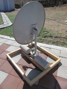 Free to Air (FTA) Satellite Dish Setup - Instructables Diy Tv Antenna, Outdoor Tv Antenna, Wifi Antenna, Diy Electronics, Electronics Projects, Free Tv And Movies, Tv Hacks, Radio Astronomy, Free To Air