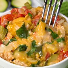 Easy Slow Cooker Chicken Taco Bowls Recipe - a simple keto recipe you can set and forget and come home to a delicious low calorie Mexican dinner the whole family will love! Great in tacos , burritos, salads, or more! Low Calorie Dinners, No Calorie Foods, Low Calorie Lunches, Slow Cooker Keto Recipes, Cooking Recipes, Healthy Dinner Recipes, Mexican Food Recipes, Low Calorie Chicken Recipes, Mexican Dinners