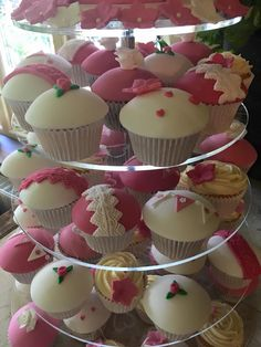 Hot pink and white wedding cupcakes