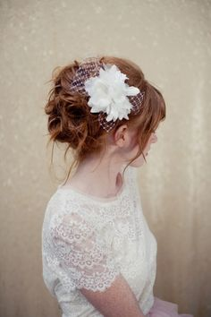 Bridal Fascinator birdcage veil bridal headpiece by LoBoheme €73 (€83)