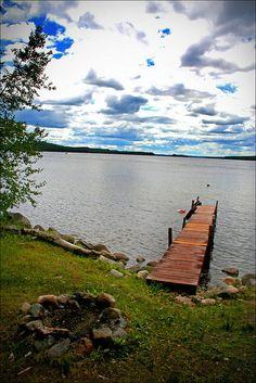 Belgrade Lakes, Maine     Rest-A-Bit Cottage on North Pond in Maine FOR RENT -CLICK ON THE PICTURE ABOVE ^^^