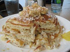 Sea House Restaurant in Maui, Hawaii: Pineapple Macadamia Pancakes #breakfast #travel