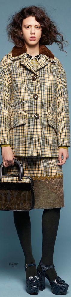 Orla Kiely - Fall 2018 RTW: a moda de outros tempos está de volta, vamos imitar alguns detalhes e transformar fatos antigos de acordo com as últimas tendenciais da moda.