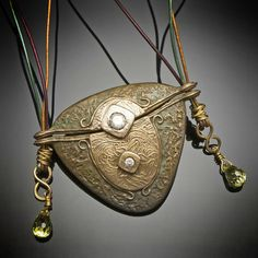 Robin Ragsdale on The Polymer Arts blog. Can you guess what the alternative material is? www.thepolymerarts.com