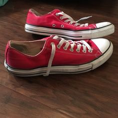 Red Converse Men's size 10 or women's size 12. Really good condition Converse Shoes Sneakers