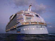 """x_f73e97a6- O maior navio de passageiros do mundo é o navio de cruzeiro """"Feitiço…"""