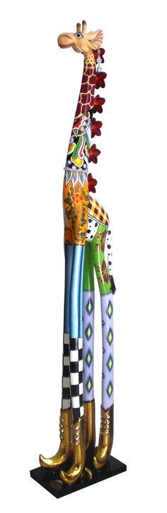 Roxanna DELUXE - der Name ist Programm! Die wohl berühmt berüchtigste Giraffe der Welt. Sie kombiniert alles, was Toms Drag auszeichnet - Witz, Eleganz und Anmut. Erhältlich in unserem Online Shop www.amaru-design.com