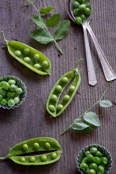 Fresh Peas from @Diane Haan Lohmeyer Haan Lohmeyer Cu (White On Rice Couple) #food #stills #photography