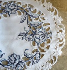 "Dutch Delft Lace Doily 70"" Table Runner White Blue Rose | eBay"