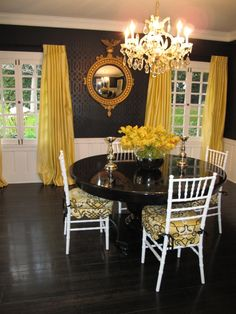 black and yellow dining room. I've been obsesses with this since I saw it on HGTV. Love it!