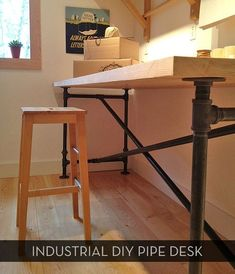 Awesome #DIY pipe table/desk -- plus free downloadable plans! by gloriautah