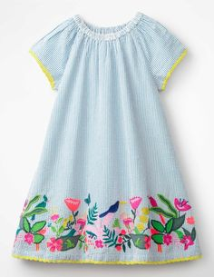 Buy the Embroidered Hem Dress now for to escape to a desert island? So does this tropical dress, with its intricately embroidered birds and flowers. Tropical Fashion, Tropical Dress, Little Girl Dresses, Girls Dresses, Discount Kids Clothes, Urban Hairstyles, Baby Girl Dress Patterns, Designer Kids Clothes, Kids Fashion Boy