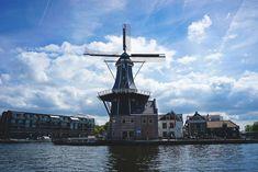 "Die schöne Mühle ""Molen de Adriaan"" in Haarlem"