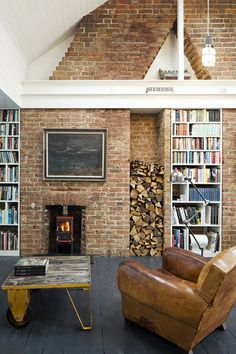 House in Brighton by Richard Dewhurst- use old chimney breast as bookshelf. Interior Exterior, Modern Interior, Brick Chimney Breast, Exposed Brick Fireplaces, Fireplace Bookshelves, Fireplace Wall, Brick Wall, Garden Deco, Modern Loft
