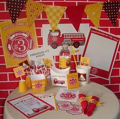 Cute firefighter party - red, orange and yellow color scheme Fireman Party, Firefighter Birthday, Fireman Sam, 4th Birthday Parties, 3rd Birthday, Birthday Ideas, Themed Parties, Party Printables, Party Time