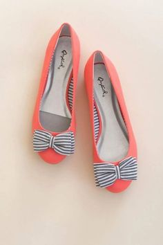 Most adorable & comfortable flats and they remind me of a sailor becuz of the bow