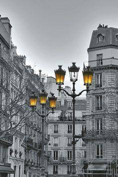 """vmburkhardt:  vmburkhardt: (via 500px / Photo """"Lanternes de Paris"""" by Marie Macharmante)"""