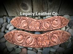 Custom dove wing spur straps by Legacy Leather Co… Leather Stamps, Leather Art, Leather Crafts, Leather Projects, Custom Leather, Handmade Leather, Leather Tooling Patterns, Leather Pattern, Spur Straps