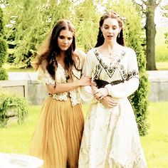 "Lady Kenna & Mary Stuart - Reign ""The Lamb & the Slaughter"" - Season 2, Episode 4"
