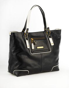 JUICY COUTURE Saturday Soiree Ms. Pippa Tote Bag