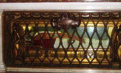 St Peter's Basilica - Incorrupt Body of St Pius X
