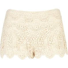 River Island Cream crochet lace shorts (€17) ❤ liked on Polyvore featuring shorts, bottoms, pants, short, river island, cream lace shorts, short shorts, lace shorts and cream shorts