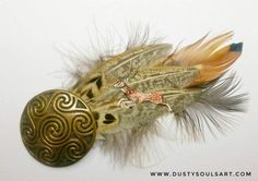 Hey, I found this really awesome Etsy listing at https://www.etsy.com/uk/listing/518467903/stag-feather-brooch-handpainted-hatpin