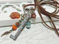 Ketten lang - Lange Kette - SCHLÜSSEL - PATINIERT - VELOURSLEDER - ein Designerstück von Kunterbuntes-Perlenspiel bei DaWanda