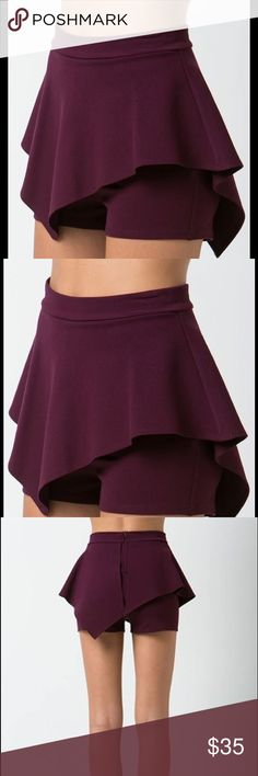 Peplum Shorts Named Ana High waisted, peplum shorts. Available in black only. Made of stretchy fabric, 66% rayon 30% nylon 4% spandex. ASKING PRICE or BEST OFFER 💸💰💵 Sole Mio Shorts Skorts