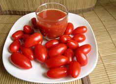 Les dejo la receta para preparar una rica salsa de tomate que es usada comunmente en las deliciosas pupusas, tambien en tamales, huevos ...