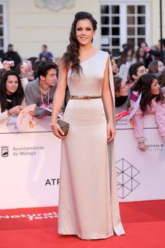Sandra Blázquez con un modelo de Street35  en el Festival de cine de Málaga 2014.