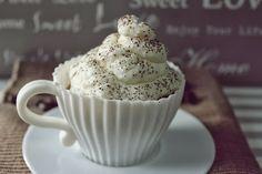 Cupcakes de tiramisú: http://mumascakes.blogspot.com.es/2013/11/cupcakes-de-tiramisu.html