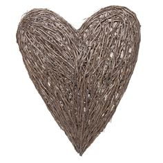 Add a stylish accent to your home with this wicker heart, a great way to give your living room, bedroom or hallway some character.
