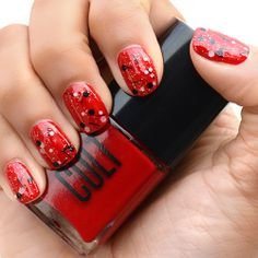Our 10 Favorite Looks for Red Christmas Nails - Cult Cosmetics Magazine