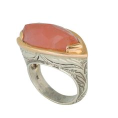 Coronation Day (CD008) Sleek and sophisticated 925 sterling silver ring infused with artisan texture design set with a gleaming center cherry quartz stone and a pink gold rim.