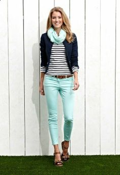 Great spring outfit, love the whole look