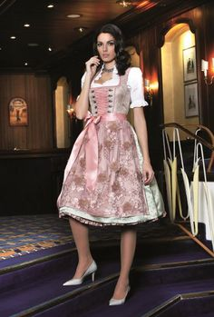 Trachten Maisi - Kollektionen Beer Girl, Pantyhose Outfits, Dirndl Dress, German Women, German Fashion, Renaissance Dresses, Sweet Dress, Country Girls, Traditional Dresses