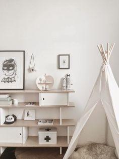 chambre enfant toute blanche - tipi