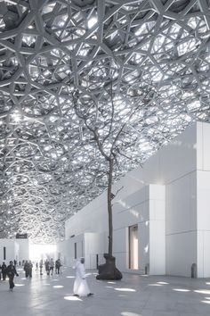 architecture - Gallery of Jean Nouvel's Louvre Abu Dhabi Photographed by Laurian Ghinitoiu 10 Zaha Hadid Architecture, Architecture Images, Roof Architecture, Amazing Architecture, Jean Nouvel, Louvre Abu Dhabi, Module Design, Plaza Design, Museum Plan